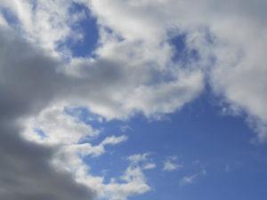 積雲と空の写真